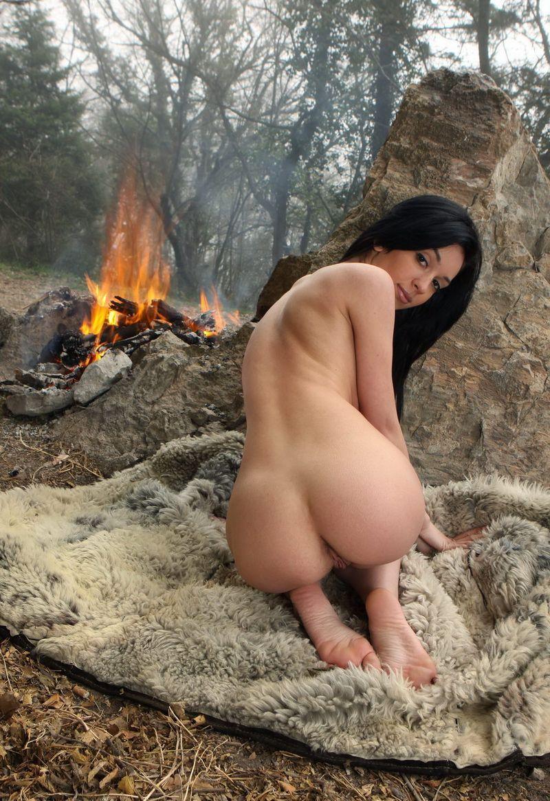 того голые первобытные девушки всего данный вид